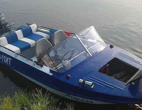 Продается лодка Обь-м (тюнинг)