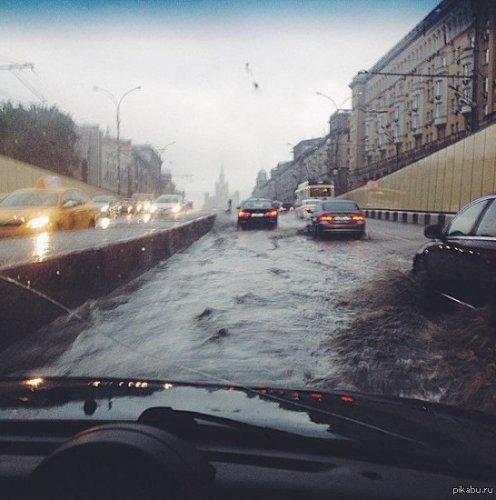 Сдам лодку в Москве- недорого!